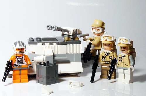 8083 - Rebel Trooper Battle Pack - 2010 LEGO Star Wars - Set Contents