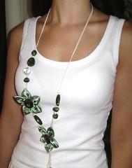 Colar Verde (Cristina Jaeger) Tags: flor colar cetin