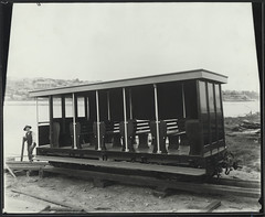 Cable tram trailer