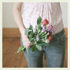 (_cassia_) Tags: pink red brown flower green rose self grey pattern hand purple arm blouse jeans bunch phlox floorboards
