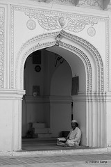 The Reader (Indro Images) Tags: bw india tourism monochrome architecture canon tomb ap hyderabad nizam paigah canon40d salarjang indranilsaha