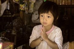 Kho pung Kah (Maria Arnoletto) Tags: thailand kid you gracias thank mai thai tribe chiang kho pung kah