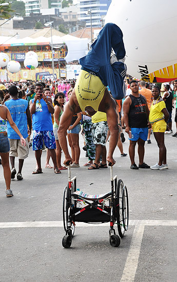 soteropoli.com fotos fotografia salvador bahia brasil verao carnaval trio eletrico axe 2010 by tunisio (3)
