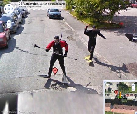 streetviewfrogmen