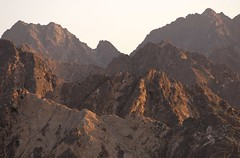 Muscat mountains (Gerry Hill) Tags: cruise sunset mountains landscape persian gulf oman muscat seas brilliance