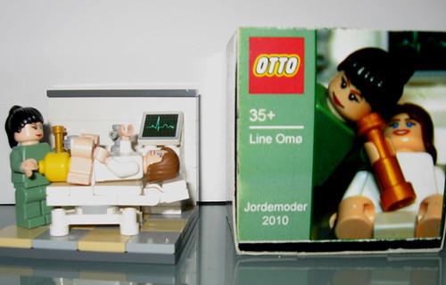 Custom minifig lego midwife vignette