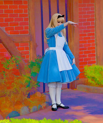 Alice in Wonderland (Epcot) (Larry Braddy) Tags: epcot florida alice aliceinwonderland unitedkingdompavilion