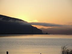 Columbia River Sunrise (pete4ducks) Tags: travel water oregon sunrise river washington columbiariver hoodriver 2010 flickraward platinumheartaward