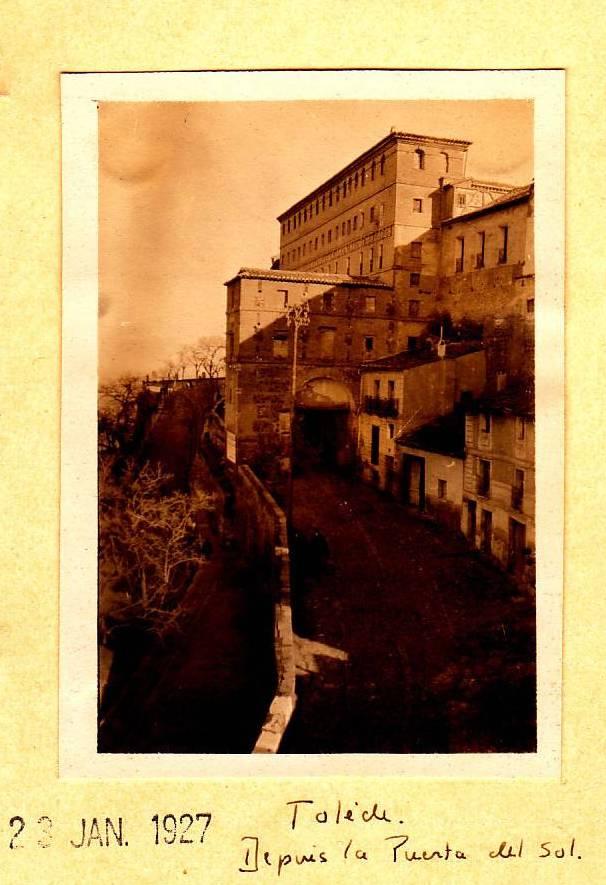 Puerta de Alarcones en enero de 1927. Fotógrafo francés