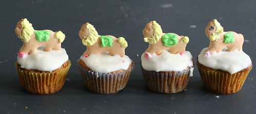 lion cupcakes in a row