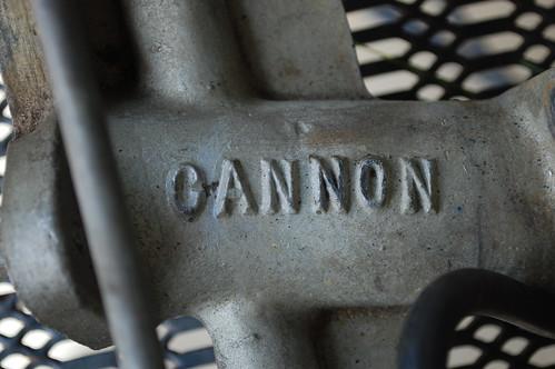 Cannon intake manifold