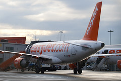 HB-JZO - 2398 - Easyjet - Airbus A319-111 - Luton - 100105 - Steven Gray - IMG_6051