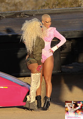 NICKI MINAJ AMBER ROSE MASSIVE ATTACK VIDEO SHOOT