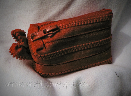 zipper purse sewing red coin