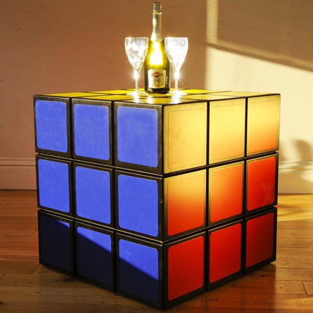 Rubiks-Cube-Table