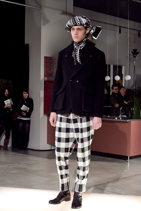 Marcel Castenmiller3041_FW10_JFW_WHEREABOUTS