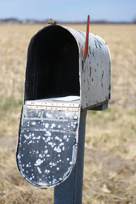 04-06-mail1
