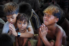 "Children of Ulingan (Charcoal Factory), Manila - 'God, lead us out of poverty!"" Pic #4 (Mio Cade) Tags: poverty boy baby cute girl children kid interesting support toddler factory child play god smoke philippines prayer pray jesus social lord holy charcoal manila environment smoky spiritual protect tondo ulingan"
