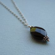 Simple Onyx Necklace