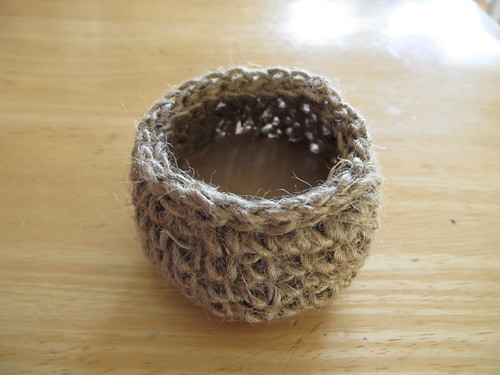 Little jute container