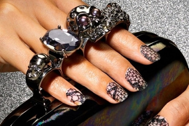 DIY Lace nails wedding manicure