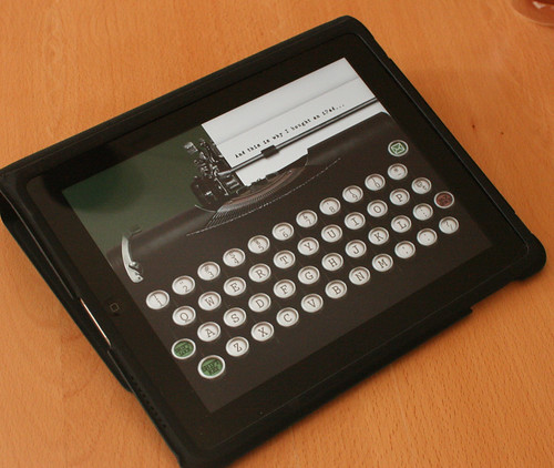 Retro typewriter iPad app