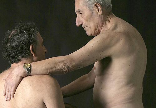 view large. amor entre dos hombres mayores gay fotos eróticas homosexuales ...