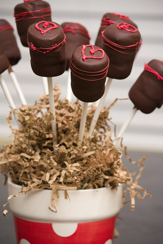 Tripple Layer Chocolate Dipped Cake Pops