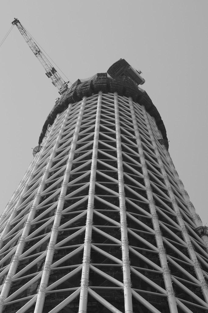 押上電波大鉄塔 : 途中は今だけ。
