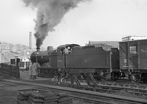Class 4F no.44580. Bromsgrove station. 2 March 1963