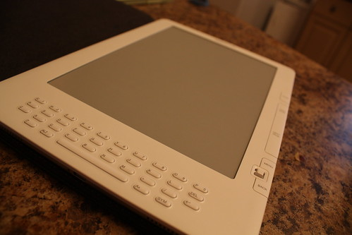 Amazon Kindle (by caitysparkles)