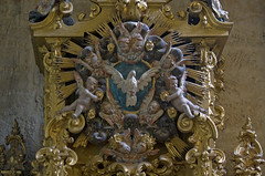 The Holy Spirit... (Lawrence OP) Tags: espaa spain dove iglesia angels salamanca cherubs holyspirit espiritusanto