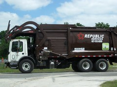 RWS Mack MRU / Heil FEL - 2289 (FormerWMDriver) Tags: trash truck garbage republic front collection rubbish end fl waste refuse loader load mack sanitation fel heil frontloader rws servies frontload mru terrapro