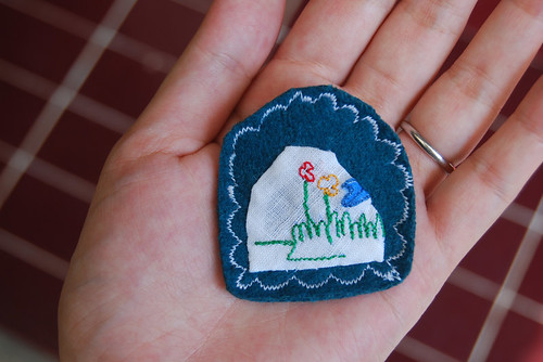 """what a mountain!"" brooch"