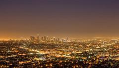L.A (-finguin-) Tags: california city sunset 30 night skyscraper lights evening abend la los long exposure downtown sonnenuntergang shine angeles d innen observatory 200 stadt mm d200 griffith dri lichter lampen bracketing hochhuser leuchten californien lzb langzweitbelichtung