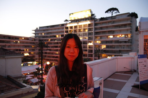 Yuiko in front of Grand Hotel