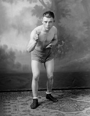 f_dhs_6612x (ricksoloway) Tags: fighters photohistory vintagephotos foundphotos antiquephotos photographica phototrouvee vintageboxers vintagefighters vintagesports vintagepugilists