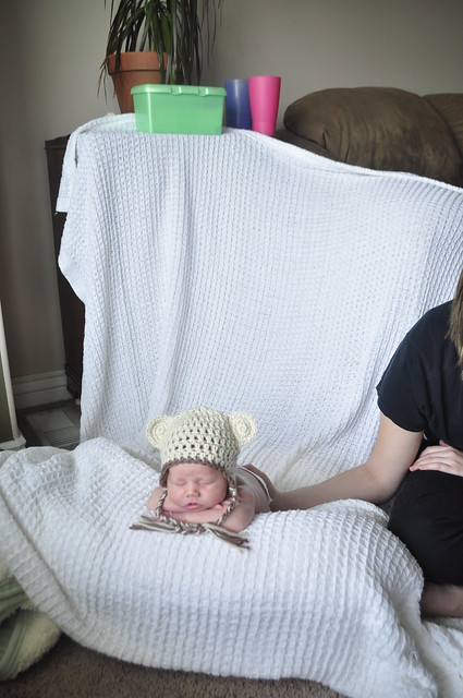 Как снимать новорожденных на