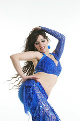 03 (natalia crespi) Tags: portrait woman girl book dance mujer retrato danza bellydancer dancer natalia bellydance arabian ambar crespi danzaarabe arabiandance nataliacrespi crespinatalia arabiandancer lorenarossi ambarbellydancer