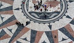 Atlas de geografa humana (Del otro cielo) Tags: portugal gente personas belem atlas multitud mapa picado ganadora ltytrx5