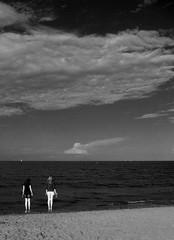 Dove finisce il mare? (IsaBlu70) Tags: bw mare grigio io momento solo bianco nero qualcuno detta parola credere esistere dovefinisceilmare