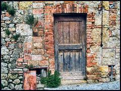 Italian Doors #5, Monteriggioni (h_roach) Tags: door fab italy wall architecture ancient stones explore monteriggioni