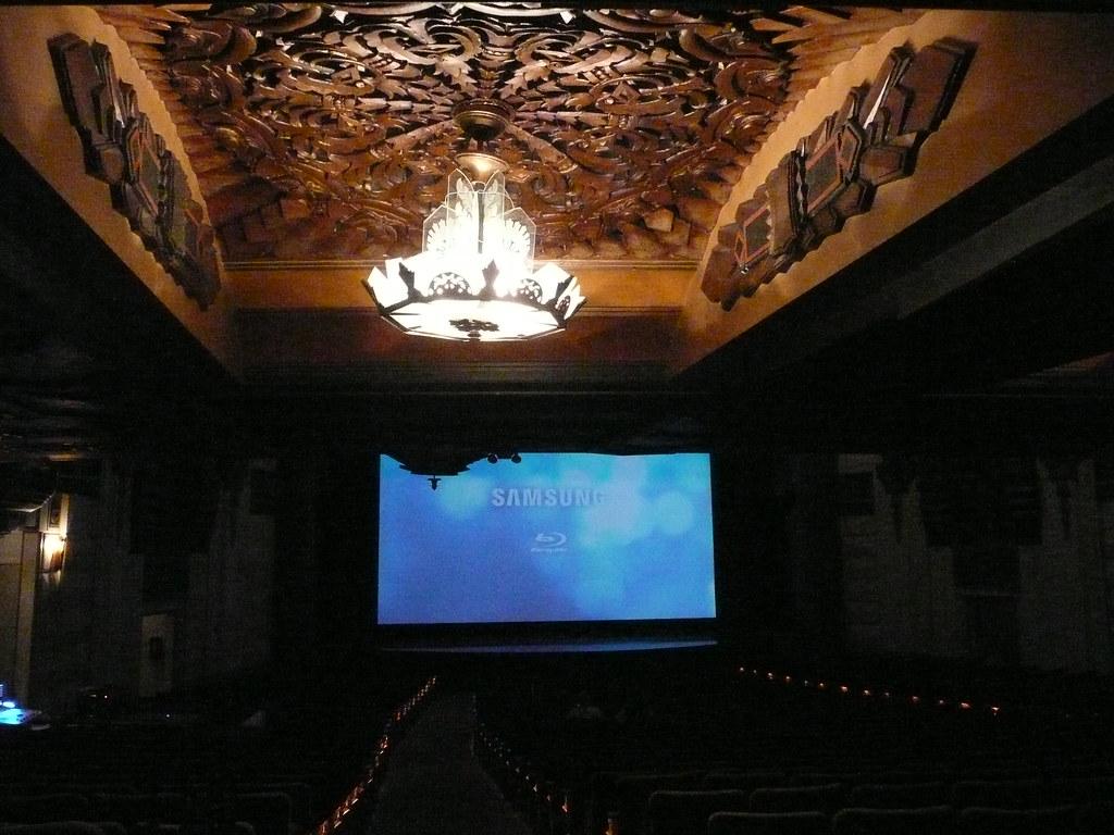 1931 Movie Palace, Meet 2010 Blu-ray!