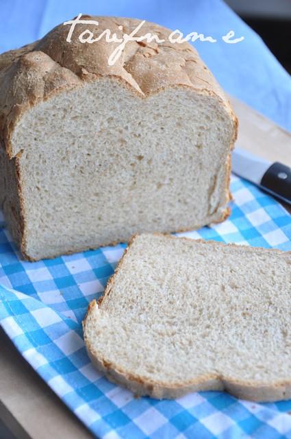 tam buğday ekmeği
