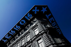 Terror Hza - House of Terror (pas le matin) Tags: blue shadow sky house architecture hungary budapest perspective muse ombre bleu ciel terror hungarian magyarorszag magyarorszg terreur haza hongrie houseofterror terrorhza hza hongrois andrssyt60 musedelaterreur