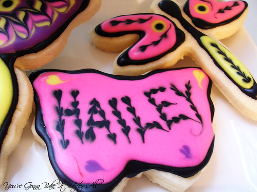 "butterfly cookie with name ""Hailey"" made using wet on wet technique DSCN6903_labeled"