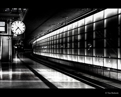 The black&white light (byLinski) Tags: light bw white black berlin germany deutschland hope licht blackwhite high amazing stream flickr dynamic awesome best potsdamerplatz range weiss schwarz hdr nocolor flickrchallengegroup flickrchallengewinner fotocompetition fotocompetitionbronze fotocompetitionsilver 52monochrome