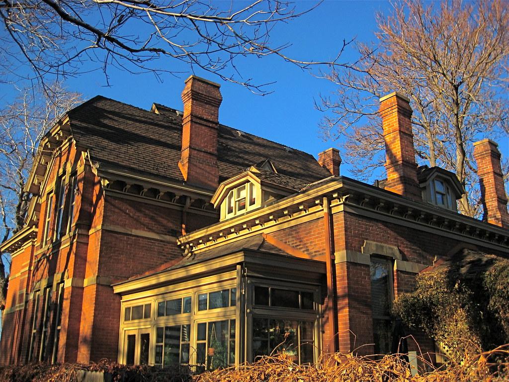 H.H. THOMAS HOUSE-2104 Glenarm Place