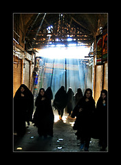 Light Rays (1Ehsan) Tags: light ray iran hijab bazaar esfahan bazar isfahan chador