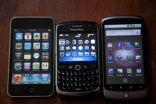 iTouch - 8900 - Nexus One (side by side)